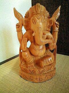 ガネーシャの木彫り