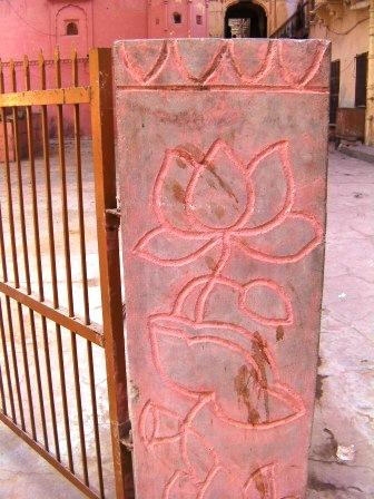 蓮の花 壁画