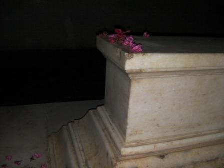 アクバル帝が眠る棺